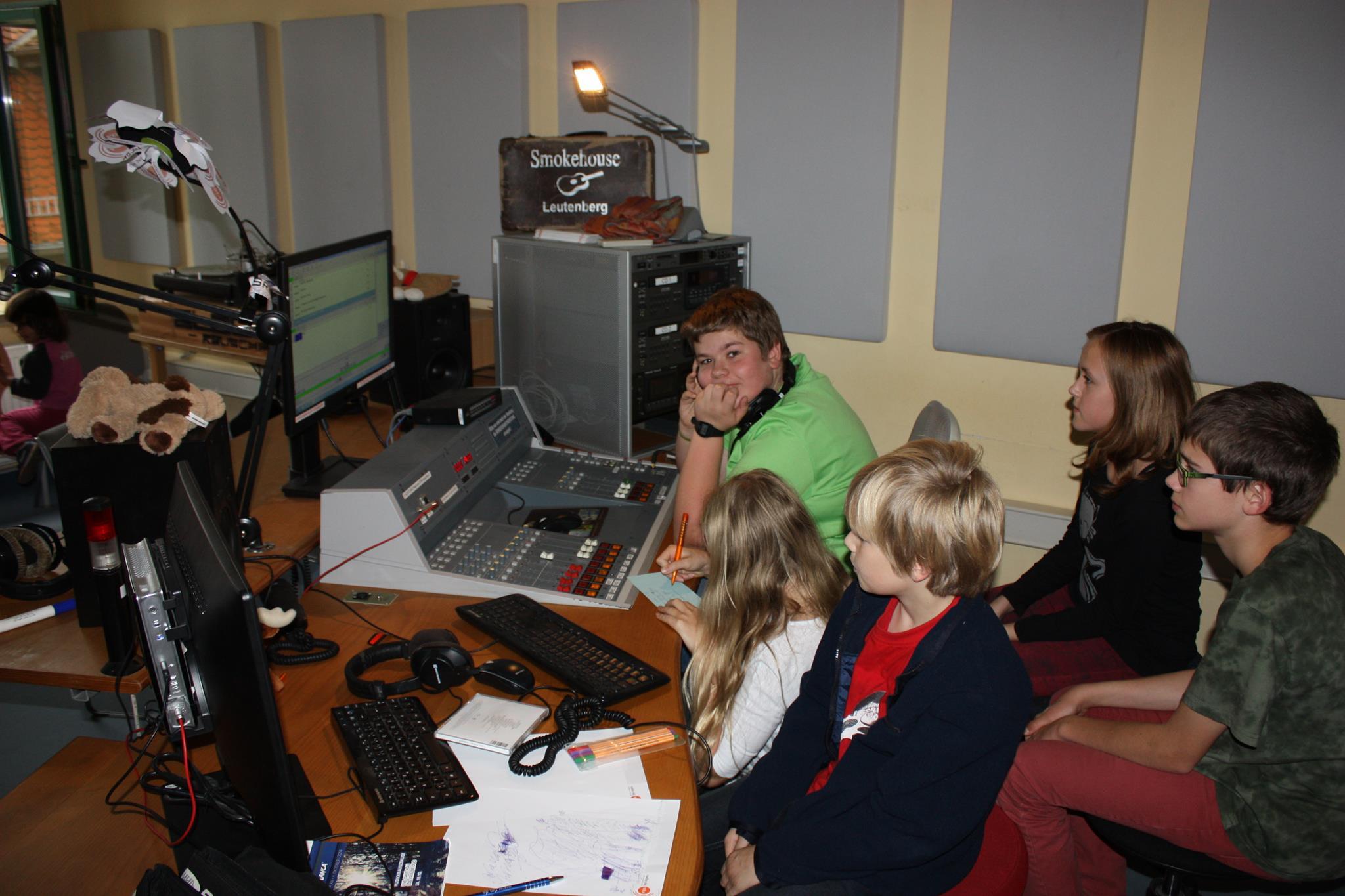 Smokehouse Radio